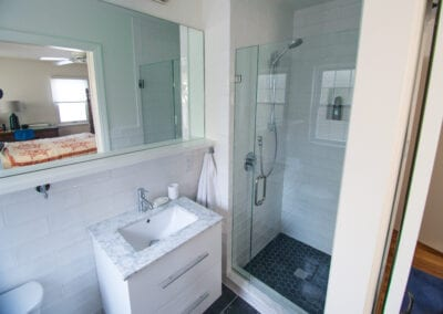 Clear White Bathroom Remodeling