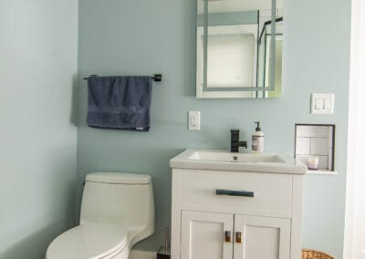 Calm Blue Bathroom Modeling